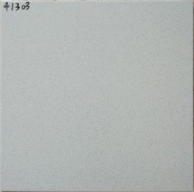 41303